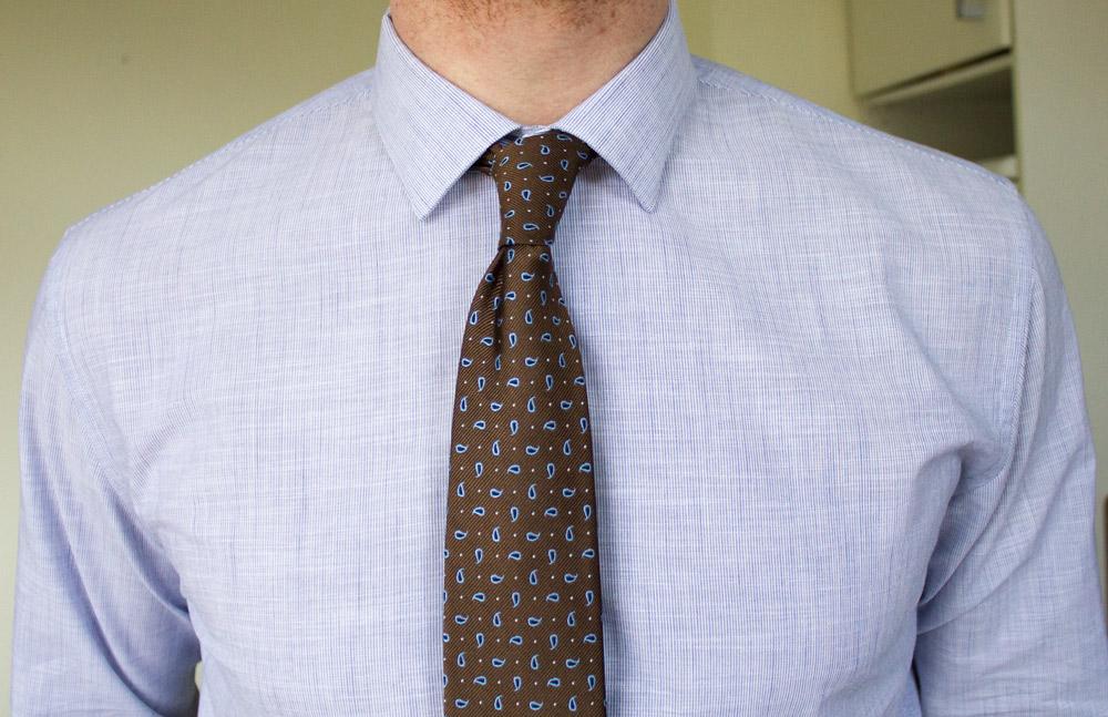 Cravate avec chemise premiere manche