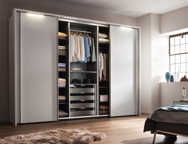 Guide Creer Une Garderobe Eco Durable Hype And Style Un Blog