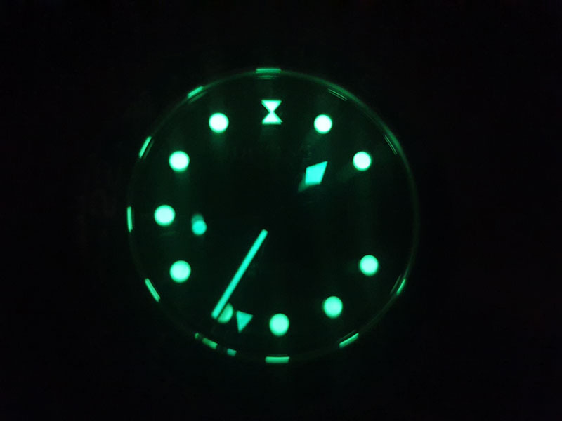 dissing watch lume